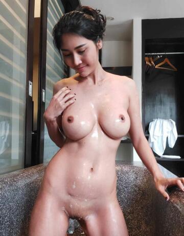 bubble bath time!