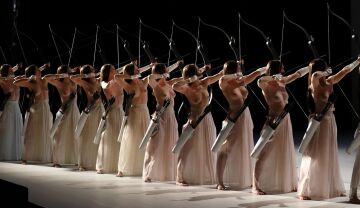 """scene from the prelude of romeo castellucci's staging of """"tannhäuser"""" at bavarian state opera in munich, 2017"""