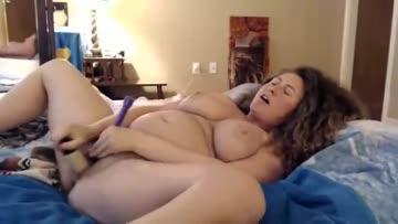 roxyrolla is horny