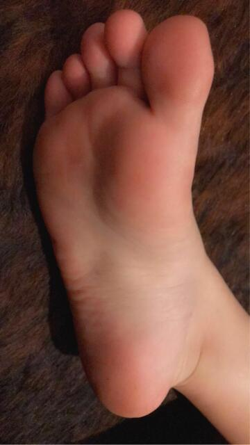[f]irst post here! i was told my feet are beautiful 😅