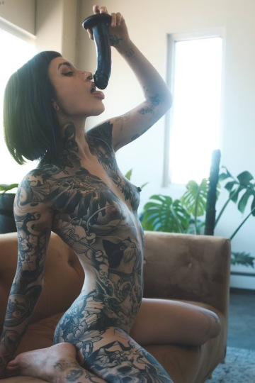 does daddy like alt tits?