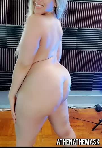 like if you'd smash a thick girl :)
