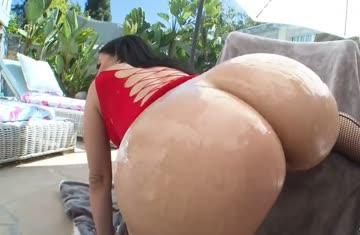 oiling up sexy latina valerie kay's big phat ass!