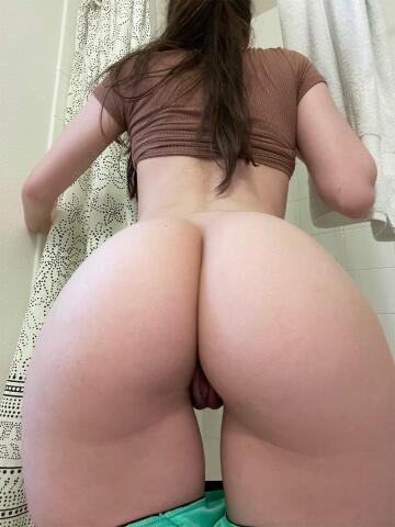 if i asked you nicely, would you eat my ass from behind?
