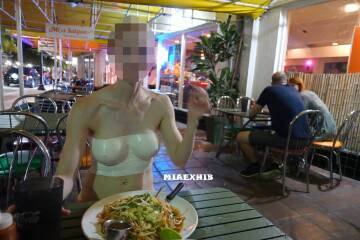 i went to the restaurant wearing only bodypaint (does paint count as clothing?)