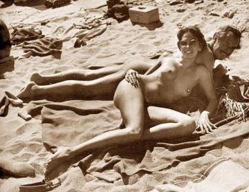 couple suntanning