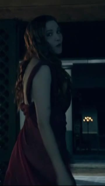 lucy lawless (41) - spartacus s1e1 (2010)