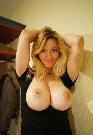 big boobs sexy milf