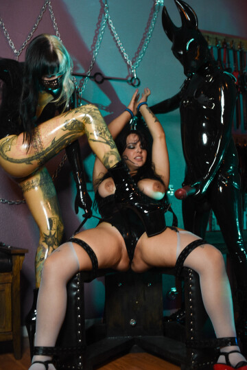 more bondage with my sexy friends <3