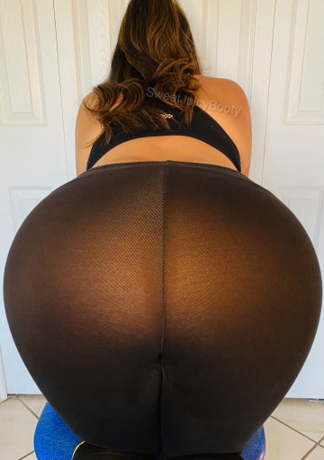 thanks a lot guys!! who was going to tell me these yoga pants were see thru.
