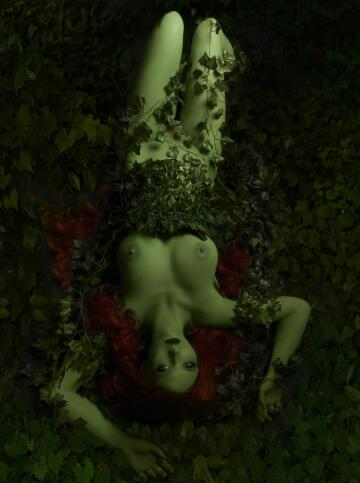 homemade cosplay of poison ivy from dc comics by your virtual sweetheart