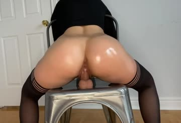 would you pull out if my pussy lips gripped your cock like this?
