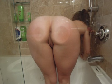 bent over in the shower... [x-post /r/assontheglass]