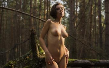 sexy nymph dakota a