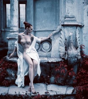 a true classical nude