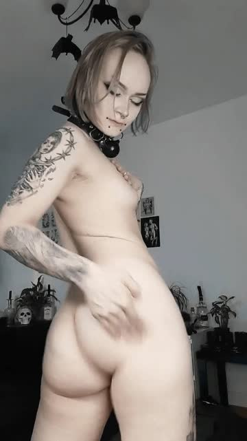 who wants to play with my slutty goth ass?