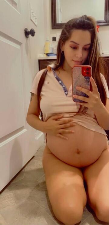 9 months pregnant and my pussy is swollen tight.