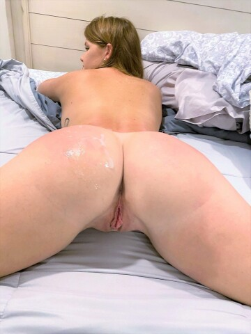 are you an ass or pussy person? [f]
