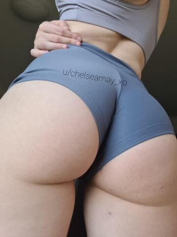 spank me in my tight booty shorts 😉