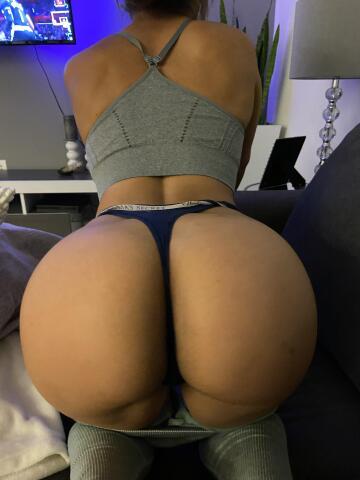 you like vs thongs ?