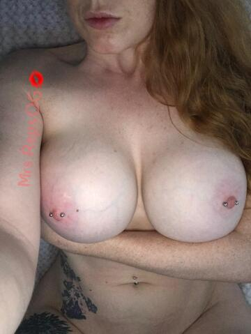i took this pic the other day on red head appreciation day, hope you like it