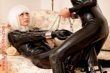 latexgirlies - black catsuit, chains and wig