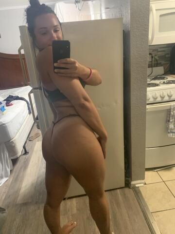 who doesn't love a fat ass in a tiny thong?