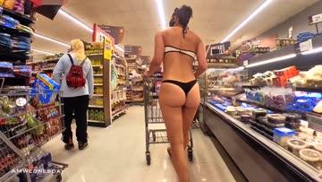 grocery shopping in my bikini