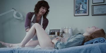 emily browning getting waxed in sleeping beauty