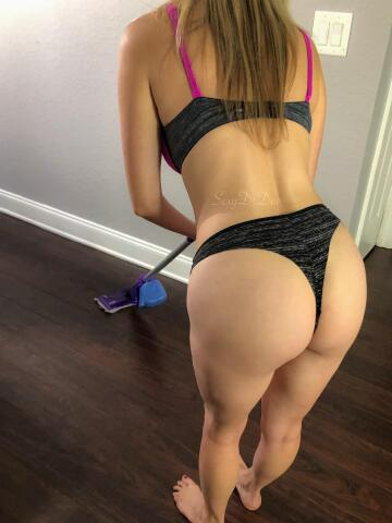 would you fuck this wife? she's good at cleaning up (and she swallows)