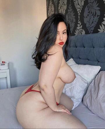 what's better than a thick girl with a big ass?