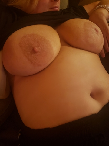 i'm easily the best titty fuck you'll ever experience 😘