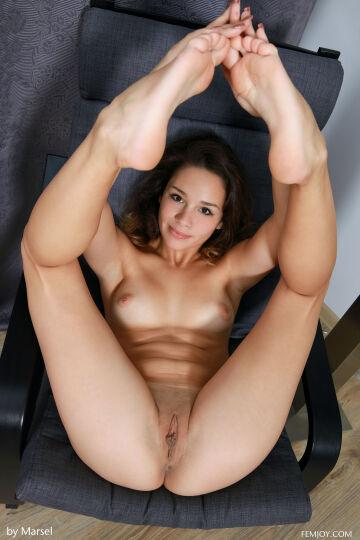 arina f - welcome