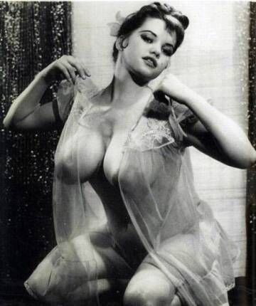 vintage 1950's busty nude