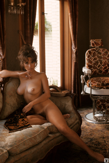 playmate of the month january 1973 - miki garcia