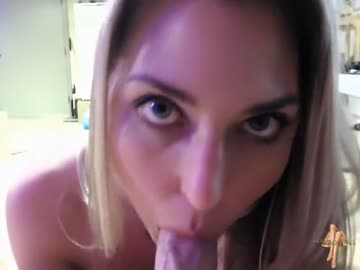 super sexy blonde giving tit and blow job w cumshot
