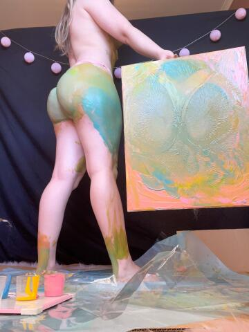 taking my love of body paint to new levels by painting with my body 🤣