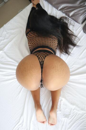 are thick girls in fishnets your type?