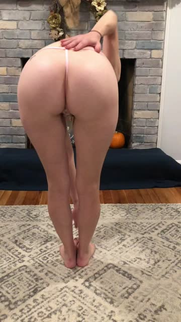 fitness milf thong free porn video