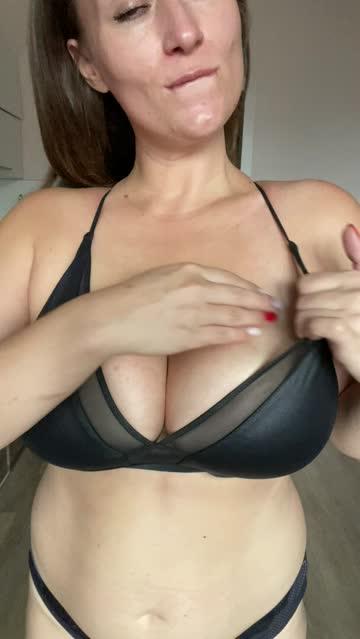 big tits boobs huge tits porn video