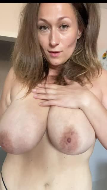 huge tits boobs big tits nsfw video