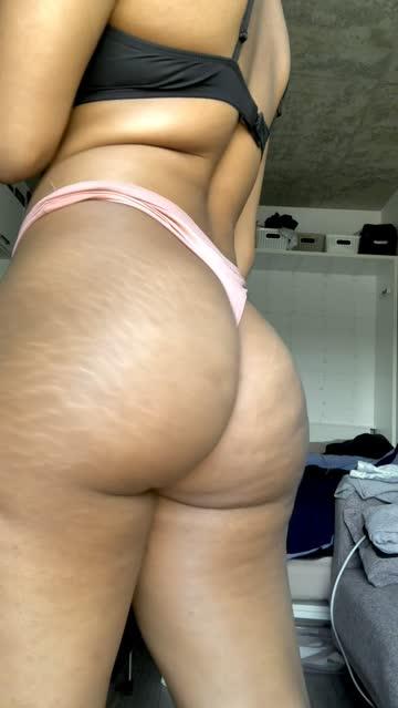 ass bouncing jiggling ebony nsfw video