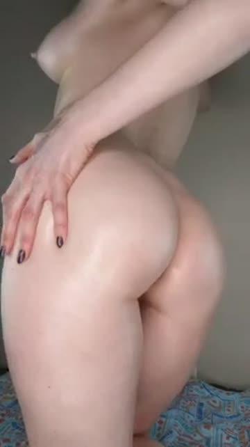 milf ass spread butt plug