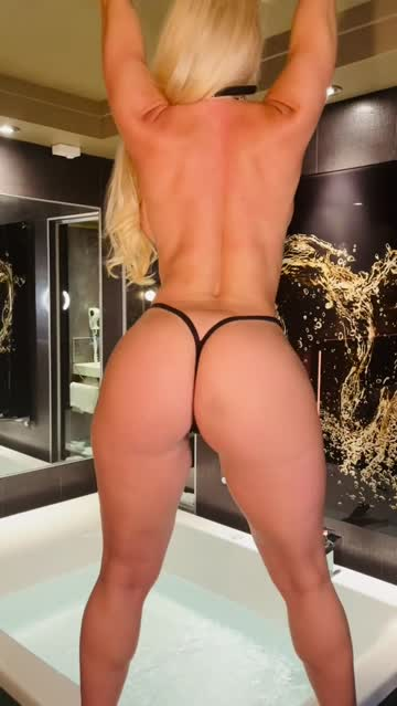 curvy blonde busty xxx video