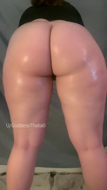 ass jiggling thick sex video