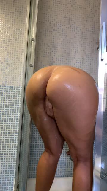 oliheart pussy shower sex video