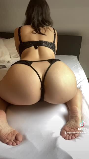 latina booty pawg