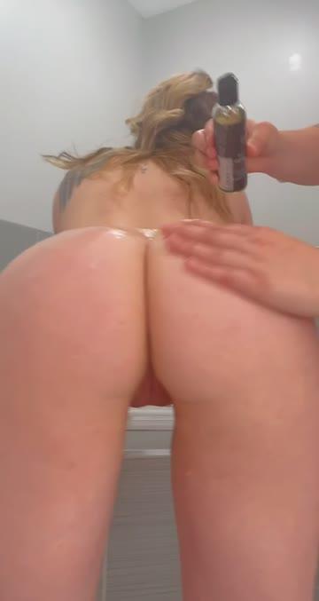 oiled oil lesbians