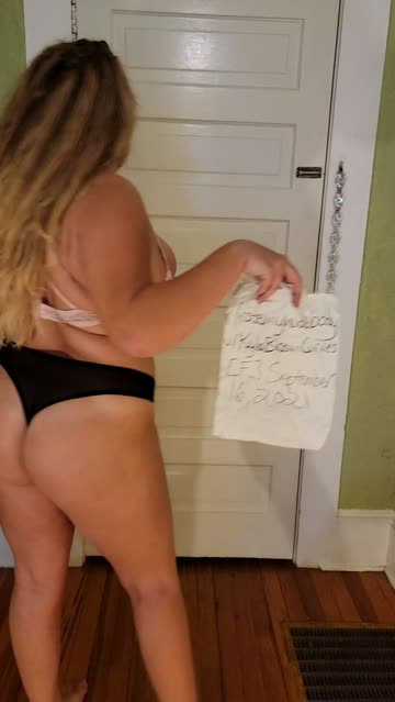 curvy chubby pawg big ass thick booty nsfw video