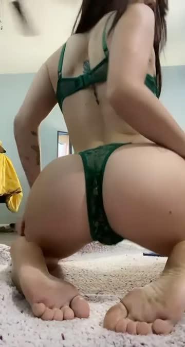 pawg feet white girl free porn video